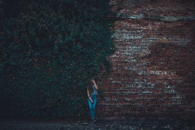 brick-wall-daylight-fashion-1444114